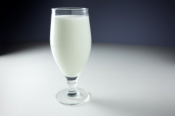 glass-of-milk_21309063